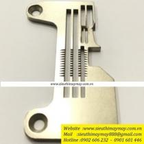 247.06-17 linh kiện mặt nguyệt máy vắt sổ điện tử Hikari 2 kim 4 chỉ dòng HX6814T - HX6814TA - HX6814TC ,cự ly 2+4mm=6mm